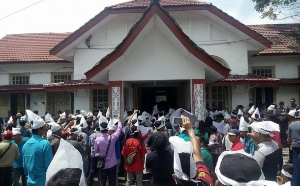 GKSB Desak DPRD Lakukan Pemakzulan Walikota Siantar Hefriansyah