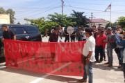 Sidang Pra Peradilan ' Kriminalisasi Pers ' Diwarnai Aksi Unjuk Rasa Dari Aliansi Jurnalis Siantar Simalungun