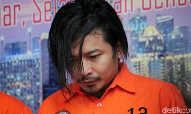 Zul Zivilia dari TKI, Vokalis Band Hingga Bandar Narkoba