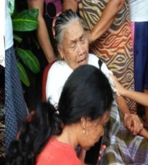 Rumah Kebakaran, Nenek Ema Sinaga Diselamat Warga