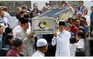 Jenazah Ani Yudhoyono Dibawa Malam Ini Ke Jakarta