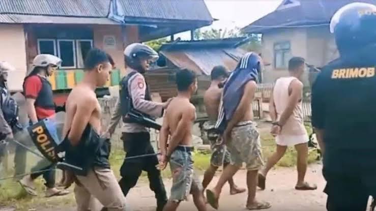 Kerusuhan Antar Desa Di Buton 80 Orang Ditangkap