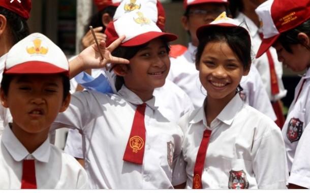 Anggota DPRD Simalungun Minta Bupati Simalungun Cabut SK Pemberhentian 1695 Guru