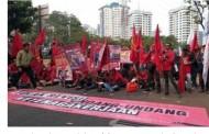 Revisi UU Ketenagakerjaan Makin Beratkan Buruh