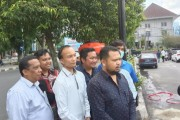 Anggota DPRD Siantar Buat Cuci Tangan Portabel Di Area Kantor