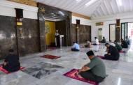 Presiden Jokowi Salat Jumat di Masjid Istana Bogor