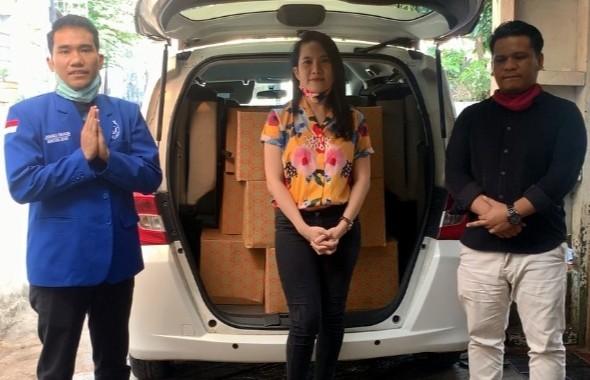 GAMKI Salurkan Bantuan Paket Sembako Kepada Pemuda HKBP Petojo