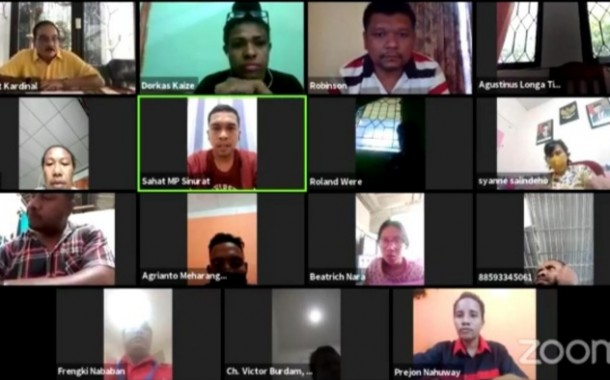 Webinar Rumah Milenial Indonesia: SDM Unggul, UMKM Berkembang, Papua Maju