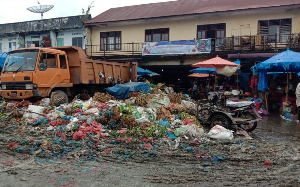 Diduga Sering Telat Gaji, Petugas Kebersihan Pasar Dwikora Enggan Bekerja